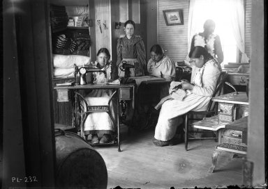 Sewing girls