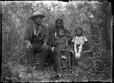 Sioux man, wife and 2 children