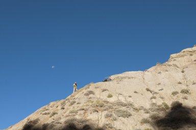 DMNS Volunteer Dane Miller excavates a dig site in the Kaiparowits Plateau.
