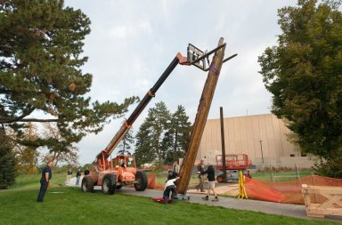 Installation of Totem Pole on South West Corner of Denver Museum of Nature and Science, exterior