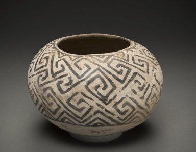 Ancestral Pueblan (Kayenta Anasazi) Flagstaff Black on White pottery bowl.