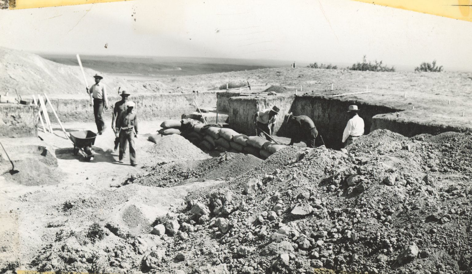 Excavation workers at Lindenmeier site