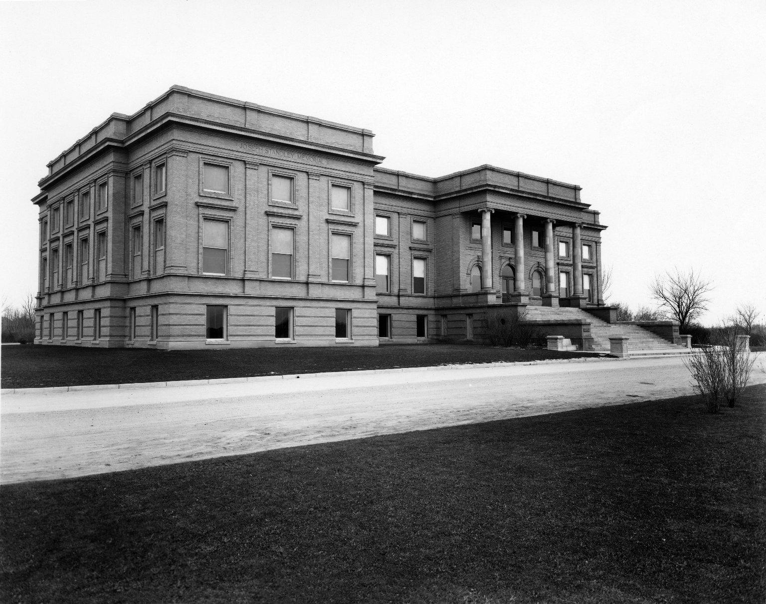 Denver Museum of Nature & Science, 1918-1927