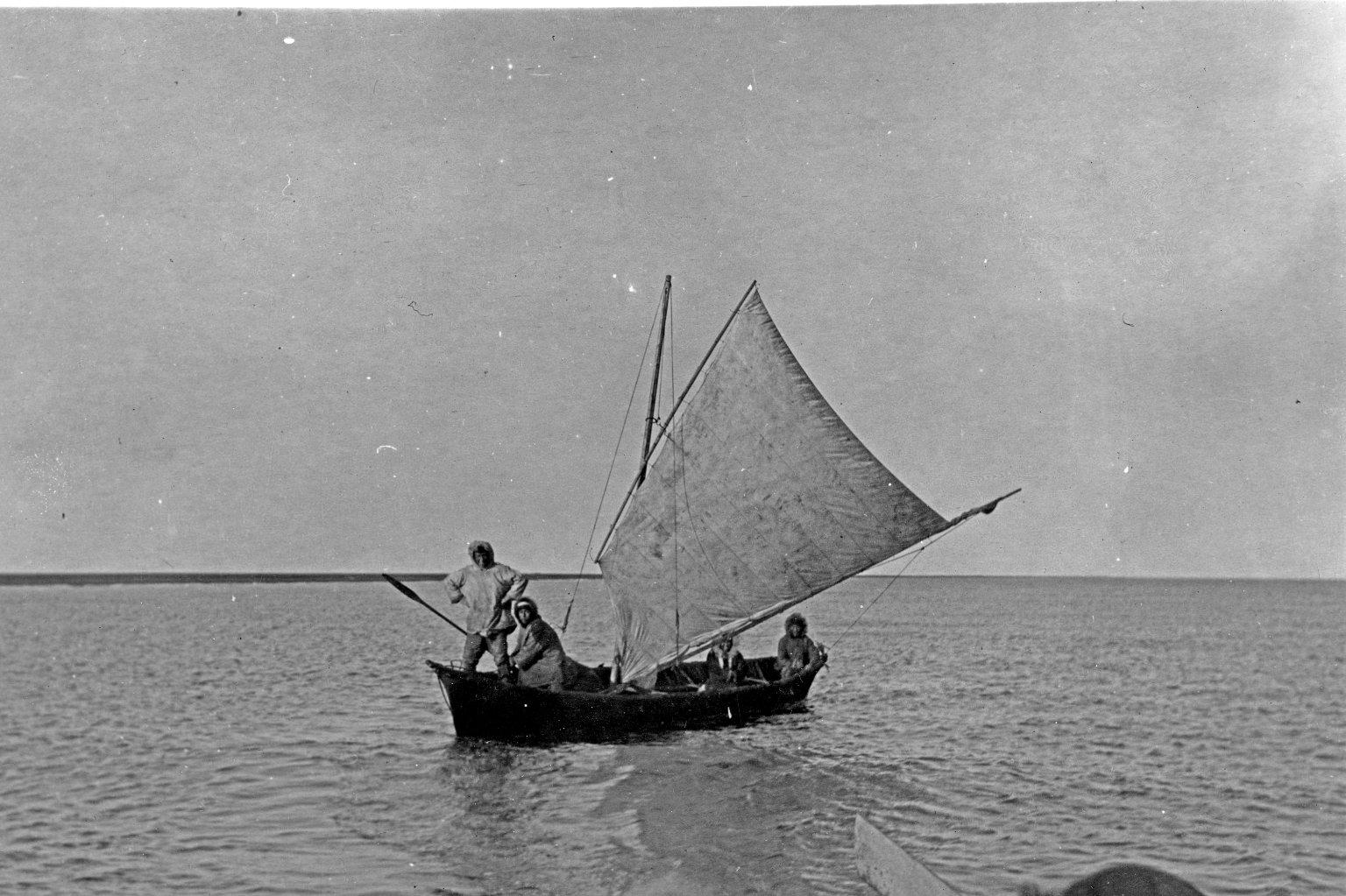Oomiak under sail