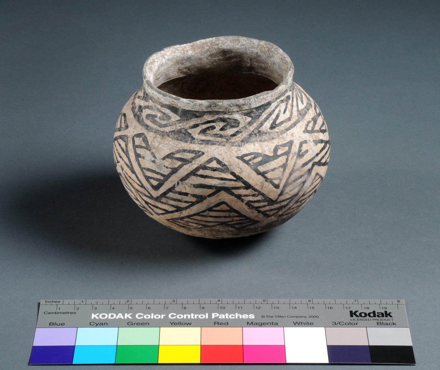Kayenta Ancestral Pueblo Clay Necked Jar