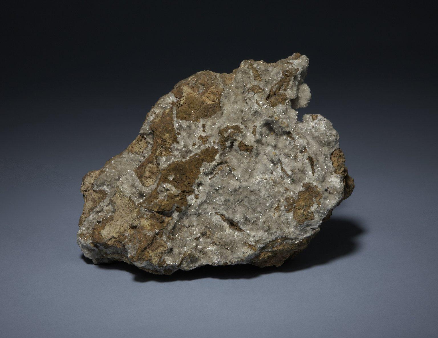 Hemimorphite and Calcite
