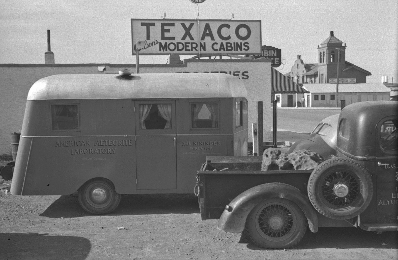 American Meteorite Labratory trailer and pickup holding specimen