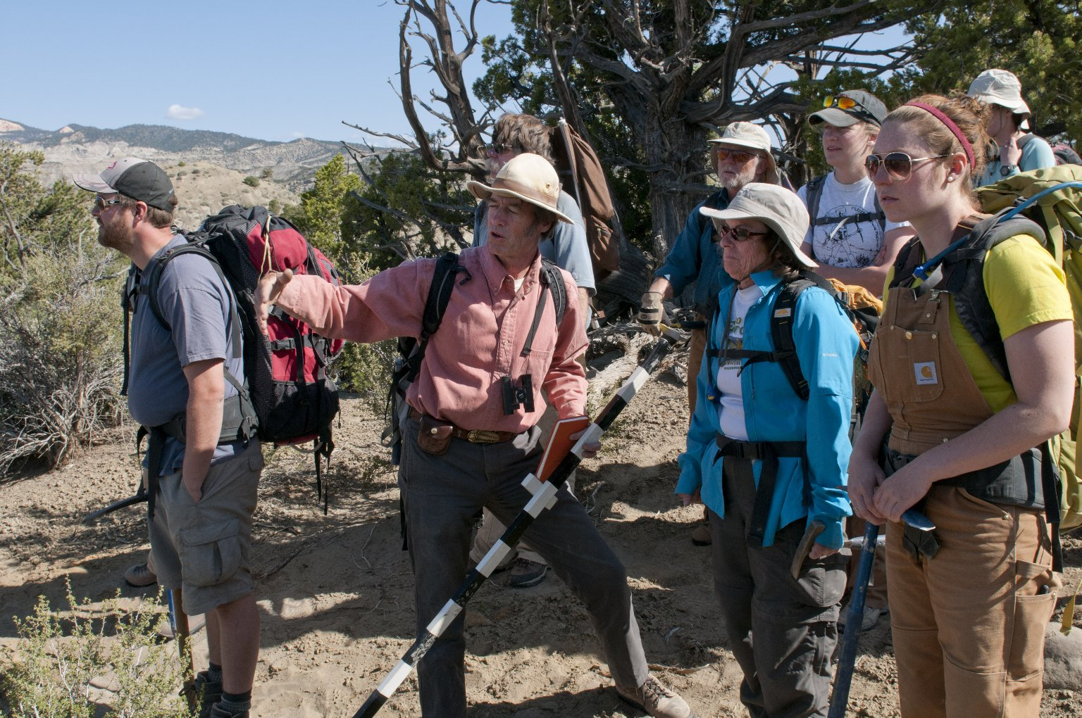 Dr. Bob Raynolds, DMNS Research Associate, points out features of the terrain to the group.