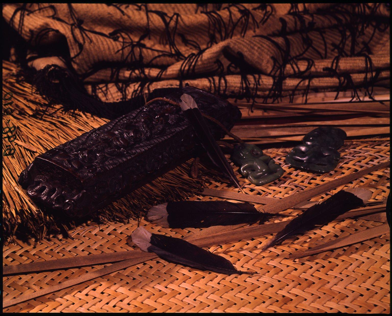 Maori treasure box (waka-huia)