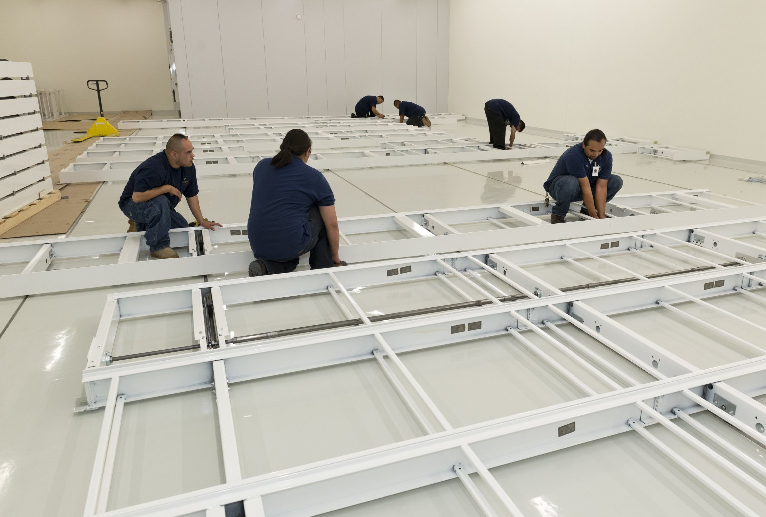 Improve Group compactor installation