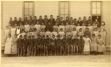 American Indian Studentsand Two Anglo Woman Teachers