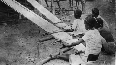 Filipino weavers