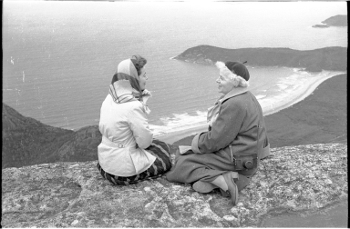 Muriel Bailey and Patricia Bailey Witherspoon at Wilsons Promontory National Park
