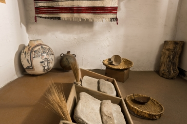 Hopi Olla on exhibit