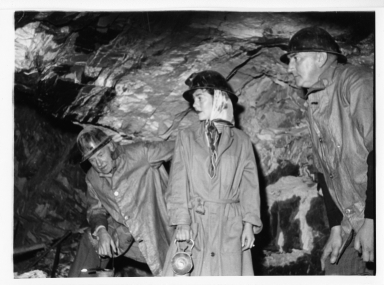 Australia Fieldwork- Pat Witherspoon and miners in the Central Deborah Gold Mine