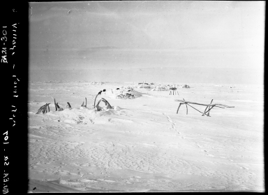 Eskimo grave and igloos at Tigara