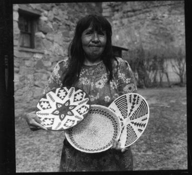 Havasupai basket maker