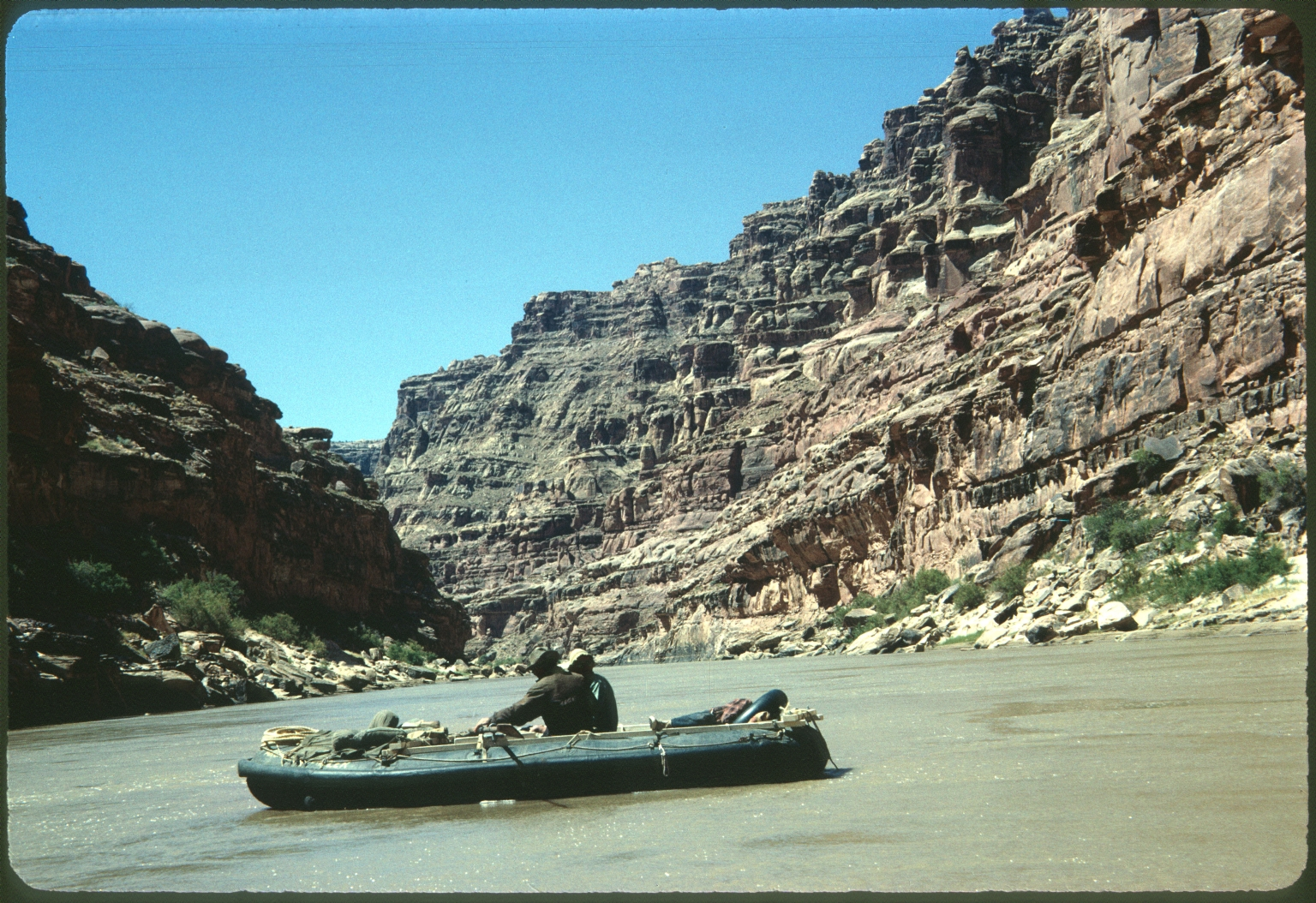 Rafting in Glen Canyon