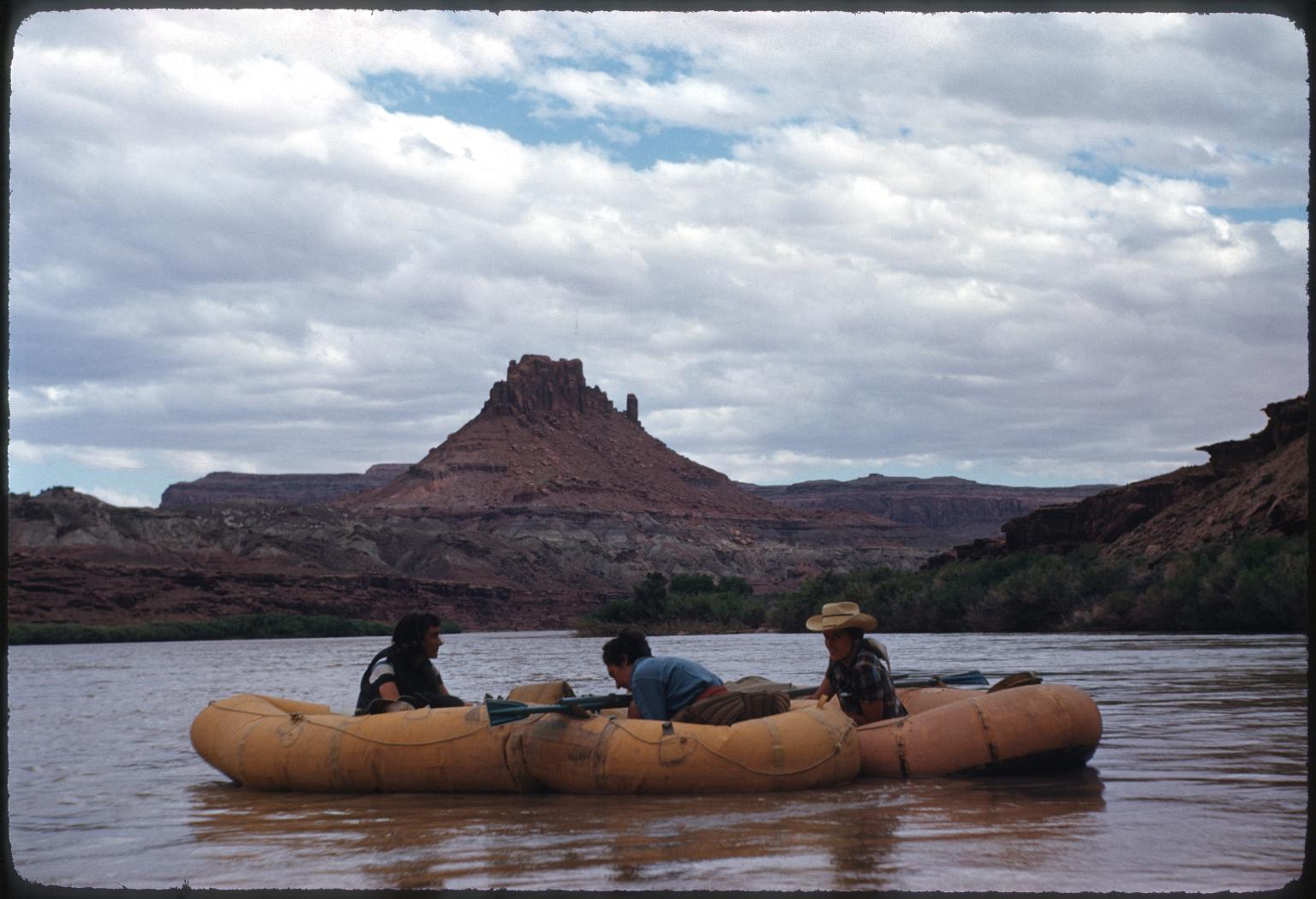 Rafting Glen Canyon