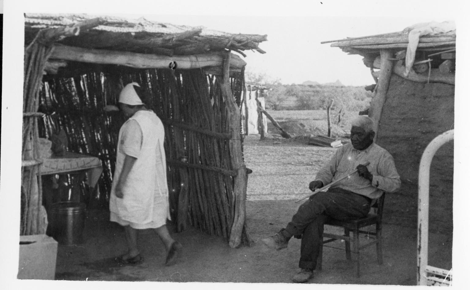 Unidentified Tohono O'odham Woman and Man