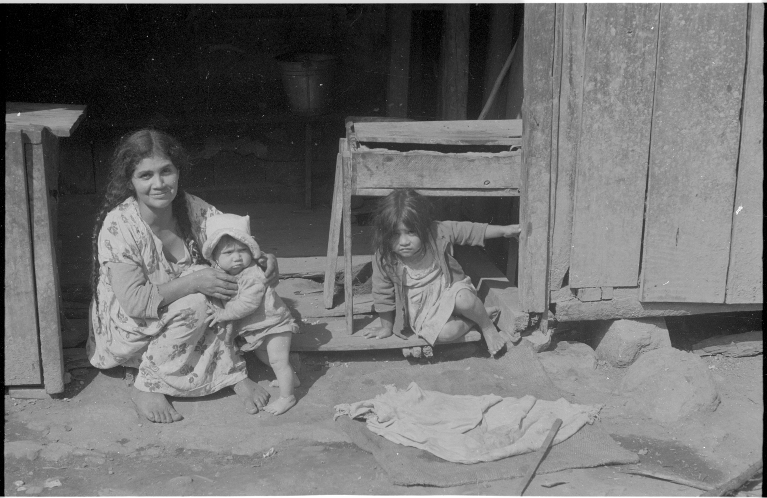 Colorado Indian Woman with Children