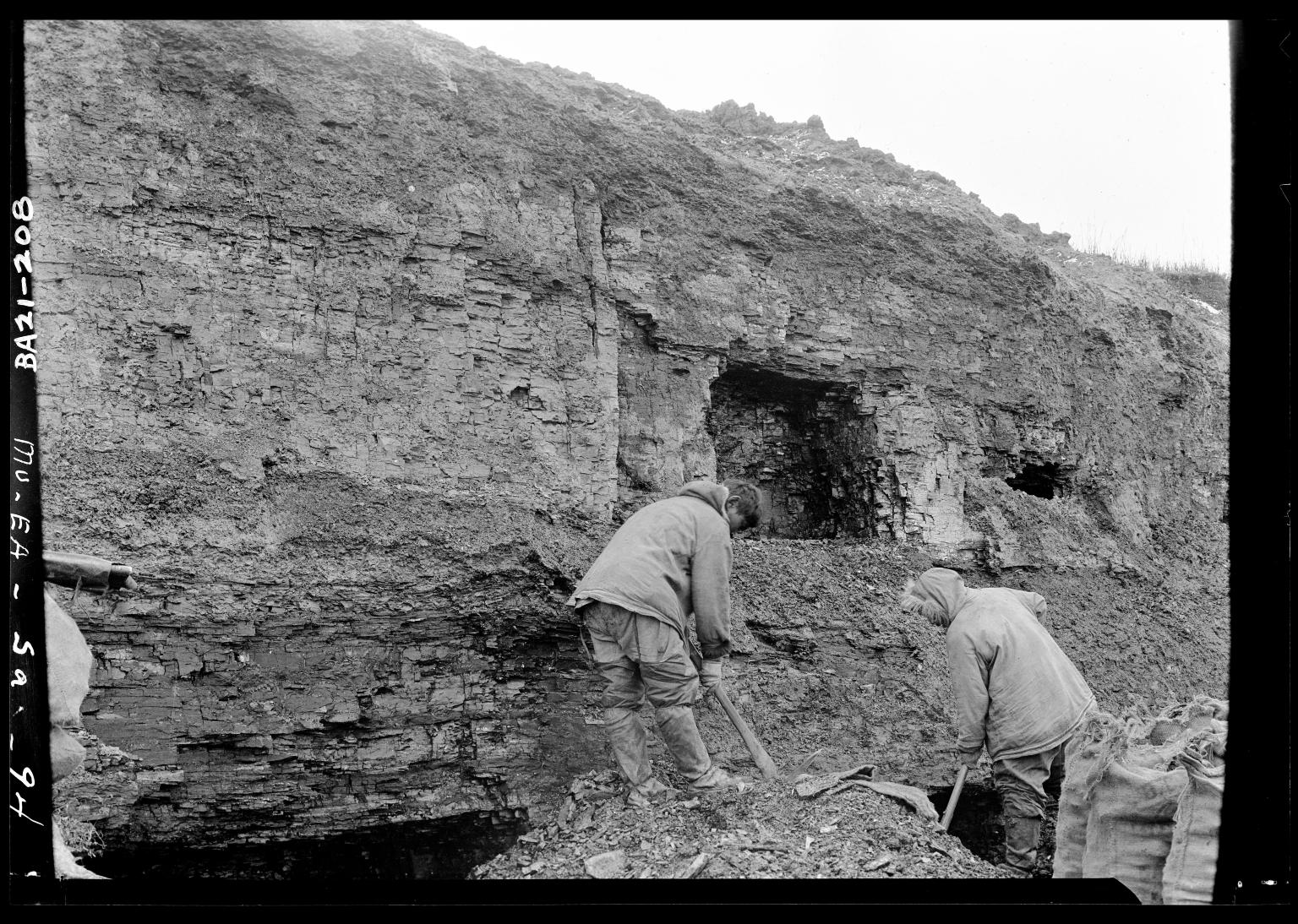 Eskimo coal miners