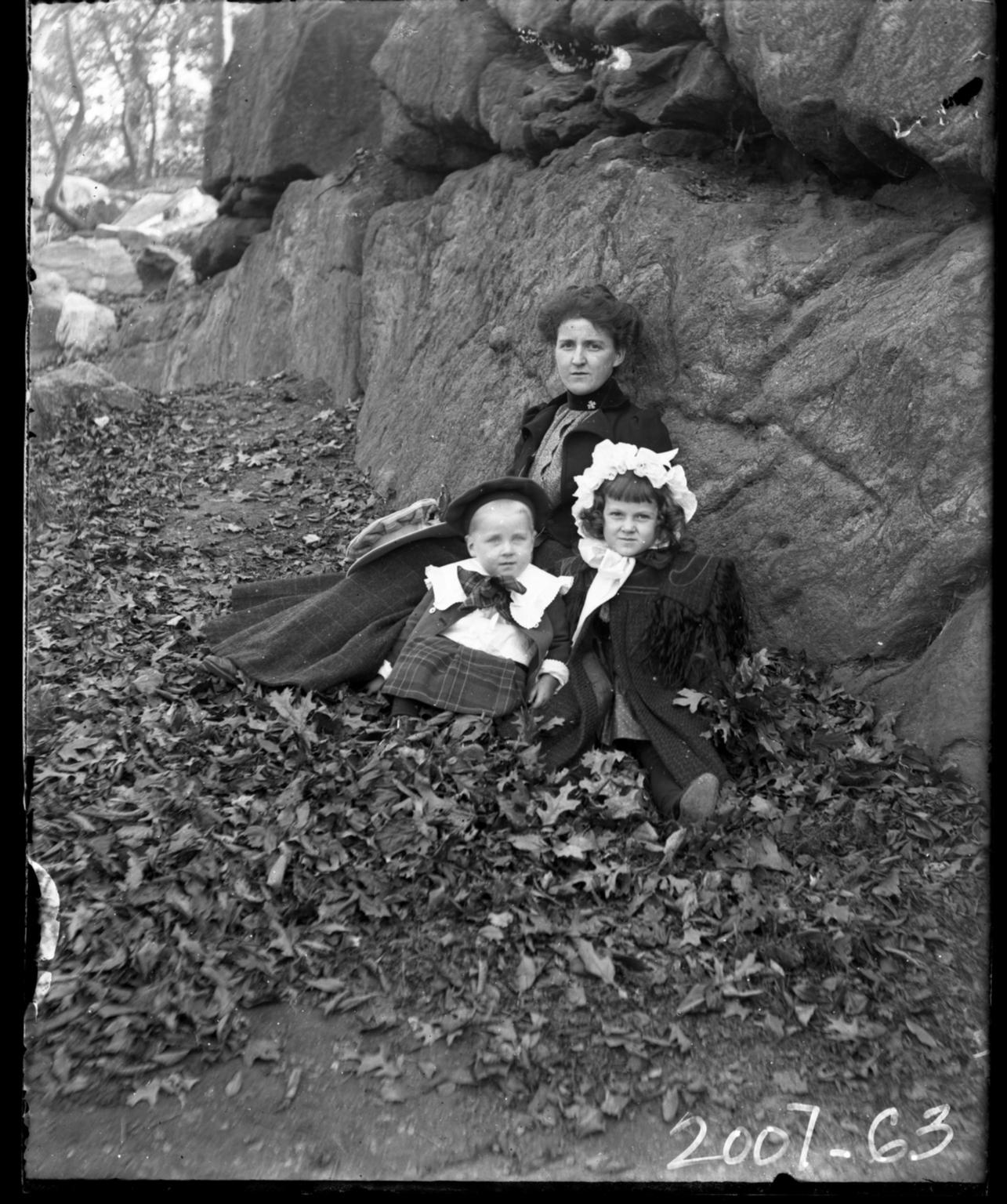 Mrs.Figgins and her children