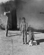 Peon children at Lagoona del Toro.