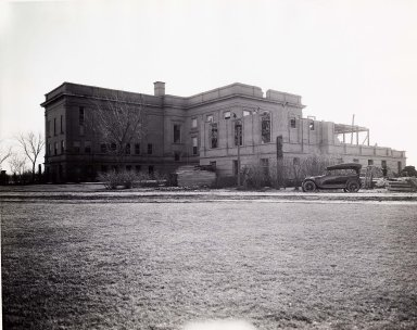 Standley wing under construction.