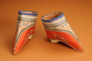 Chinese silk embroidered shoes