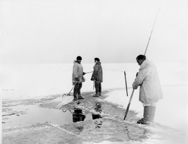 Cutting Ice for Winter Water Supply