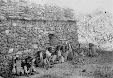 Abyssinia, boys studying at Sheikh Hussein village