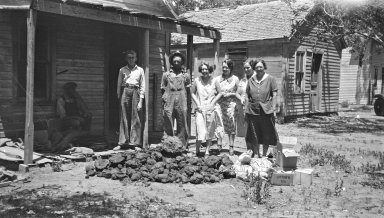 Bob (on left) and the Kimberlies with meteorodes