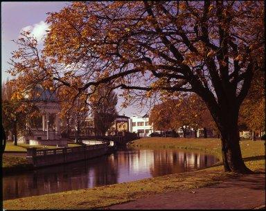 Autumn along the Avon River