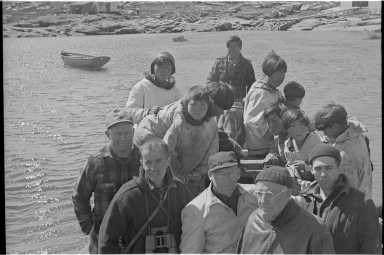 Inuits and members of the field party in Hebron