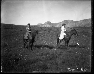2 Ladies on Horseback