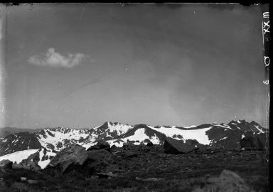Lamb on summit of Mt.Zirkel