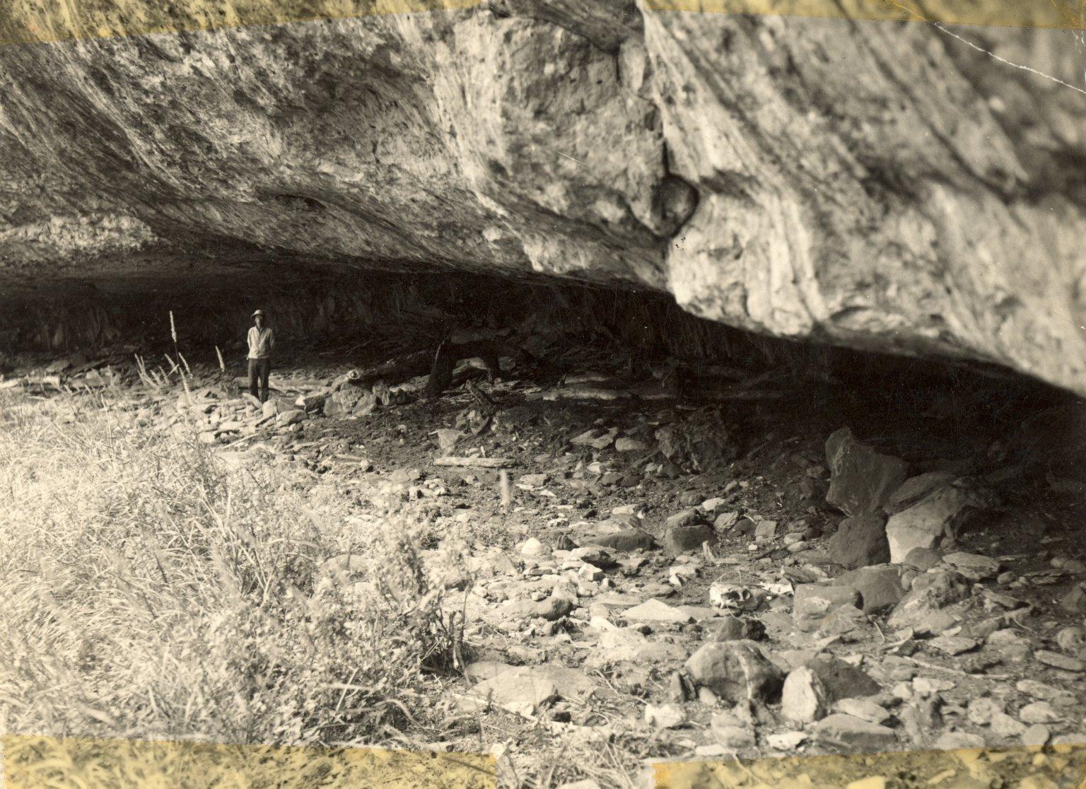 Rock shelter in Lindenmeier Site