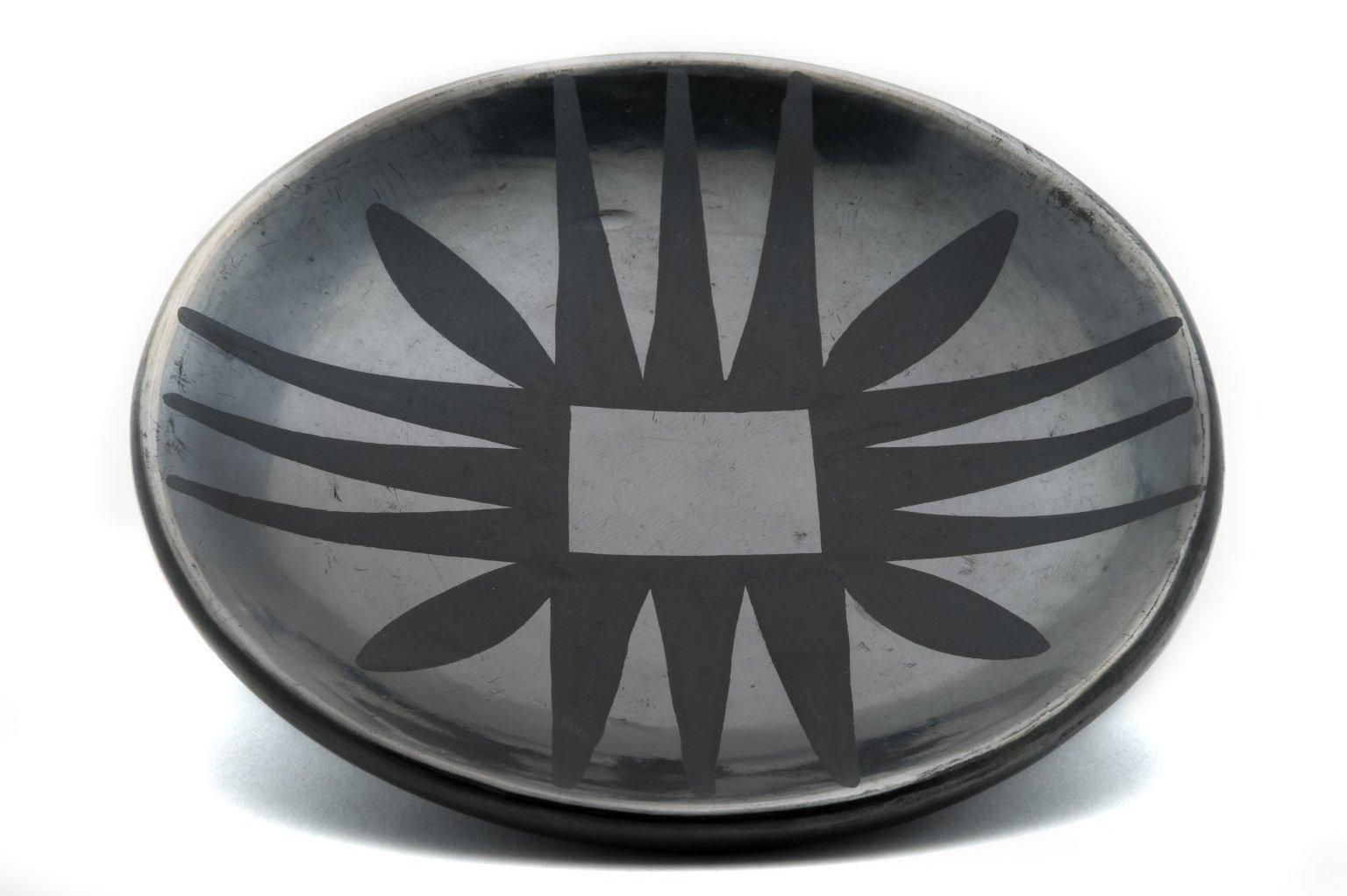 Polished blackware