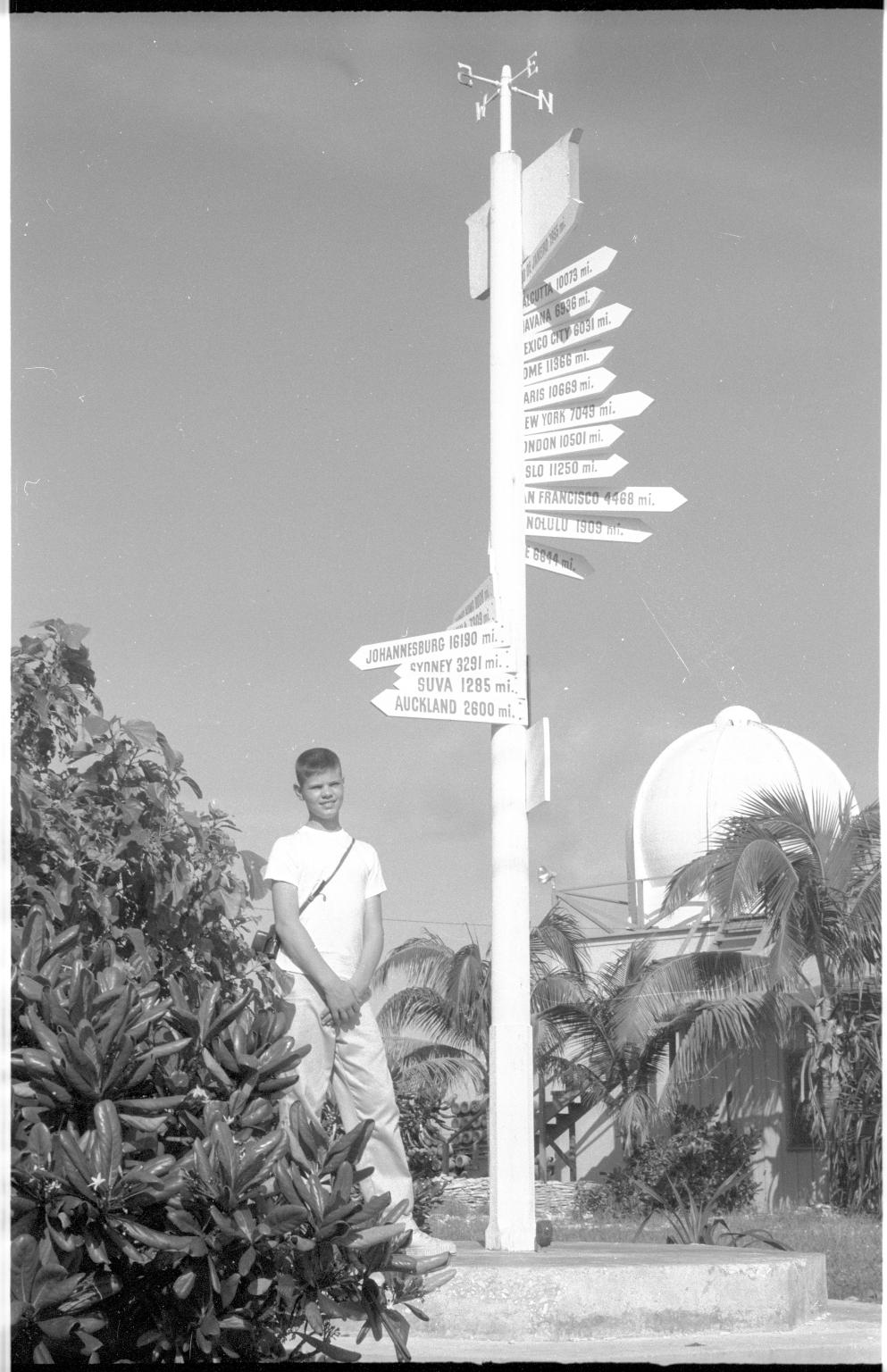 Bailey Fieldwork in Kiribati