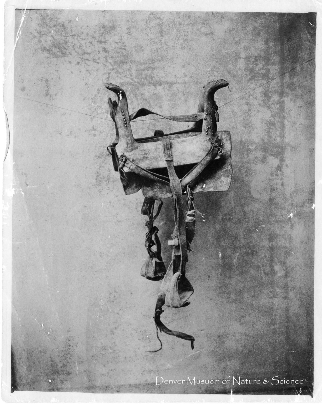 Sioux saddle